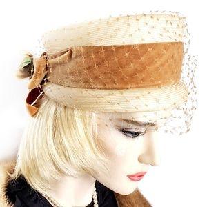 Individual Le Charmé Creation Vintage Pillbox Hat